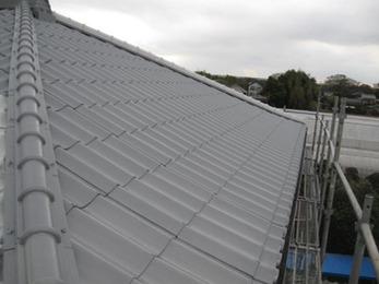 屋根を新しく変えたようにキレイになって驚きました。